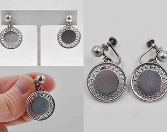 ON SALE Vintage Ballou Sterling Silver Filigree Disc Earrings, Screw Back, Round, Engravable, Personalize, Dangle, Drop, Mid Century #b714