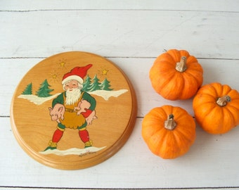 Vintage Folk Art Painted Wood Trivet Wall Hanging Christmas Elf with pigs --- Standard Specialty Finest Japan
