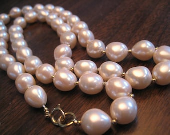 Baroque Tahitian pearl necklace 30 inch Faux pearls
