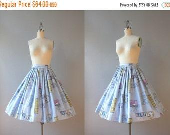 STOREWIDE SALE Vintage 50s Skirt / 1950s Novelty Print Skirt / 50s Cotton Dogwood and Butterflies Skirt