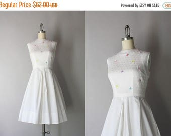STOREWIDE SALE 1960s Dress / Vintage 60s Crisp White Cotton Dress / Early Sixties Embroidered Pleated Dress