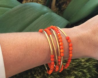 Set of 5 Coral and gold tube stretch bracelets