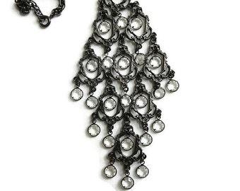 Bezel Set Crystal Dangles Pendant Necklace Vintage Clear