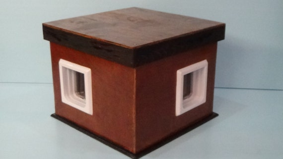 Outdoor  Cat House/2 Doors, shelter,condo,feral,insulated,tube,cabin