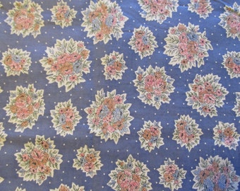 Free Shipping! Vintage Floral Print in Blue/Gray. 1/2 Yard. 16225