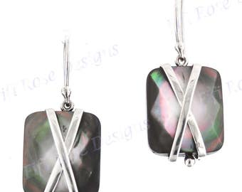 """11/16"""" Black Mother Of Pearl Shell 925 Sterling Silver Earrings"""
