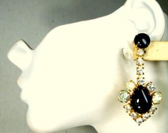 White Rhinestone Clip Dangle Earrings, 1980s Amber Glimmers, Faux Diamonds Flashy Teardrop Hanging Earring, Wow Wow Va Va Voom