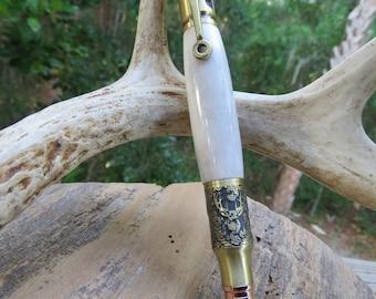 Deer Hunter's pen