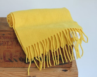 Yellow Shawl Scarf lambswool Winter 100% Finest Wool natural neutral sunny bright made in Italy