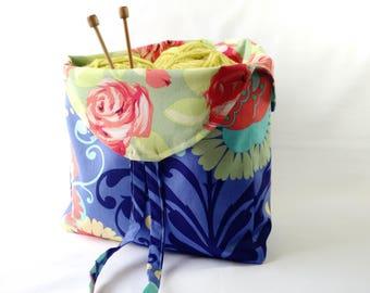 Project Bag crochet knitting amigurumi WIP - yarn holder - stash bag - Tulip Bag - Amy Butler Love floral fabric - free knitting pattern