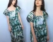 verdant -- vintage embroidered collar tie-dyed muumuu tent dress size S/M/L