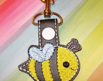 BUMBLE BEE  Key Chain   Buzz this Bee is Adorable