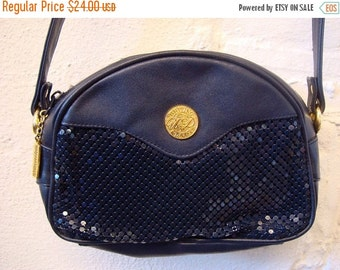 Vintage 1980s Whiting and Davis Navy Blue Mesh Purse