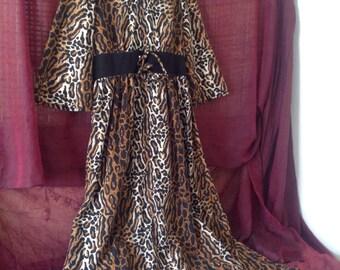 "Vintage 70's Leopard Velour Robe Size Large Tall Super Long 63"""