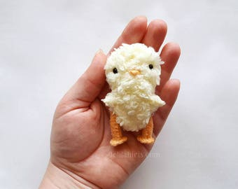 Fuzzy Baby Chick Sewing Pattern * Stuffed Chicken Pattern * PDF DIY Project Make A Easer Chick