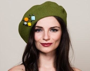 Apple Green Beret in 100% Wool with Hand Beadwork Embellishment. French Style. Winter Hat.
