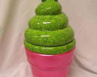Swirled Kiwi Passion Fruit Delight Cookie Jar
