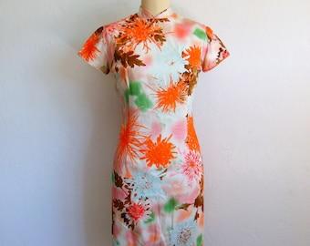 60s cotton Mandarin Style Chrysanthemum print dress size medium