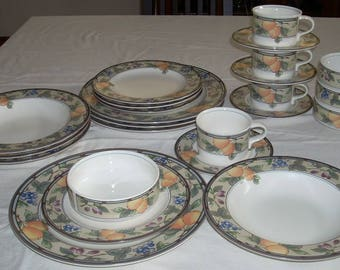 Mikasa Garden Harvest 24 piece Service for 4 Plates Soup Cereal Bowls Cup Saucer