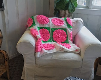 crocheted twin size large rosette bedspread hot pink and green
