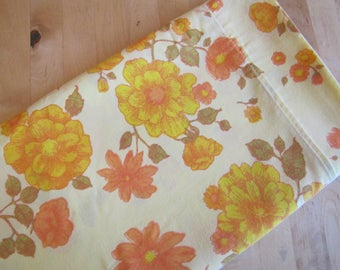 Vintage Flat Bedsheet by Montgomery Ward - Double Size Flat