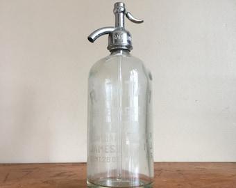 Antique Raritan Beverage Co. Seltzer Bottle. Jamesburg, NJ