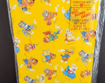Vintage The Get Along Gang Gift Wrap Wrapping Paper American Greetings