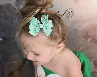 Mermaid Pinwheel Bow, Girls Aqua Hair Bow, Mermaid Tail Hair Bow, Beach Hair Bow, Toddler's Hair Bow, Party Favors, Piggy Tail Bows