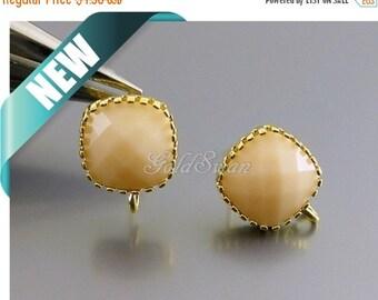 15% SALE 2 pcs / 1 pair light peaches n cream cushion cut faceted glass square earrings, opaque peach pastel earrings 5155G-PC