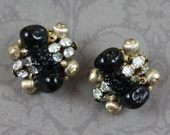 Vintage Mid Century Black, Gold and Rhinestone Beaded Cluster Clip On Earrings