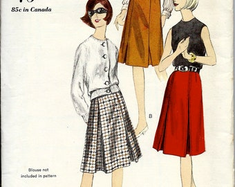 1960's Vogue Sewing Pattern No. 6235 - A-Shaped Skirt with Inverted Pressed Pleats - 4 Pleat Skirt - Separates - Waist 25 - UNCUT