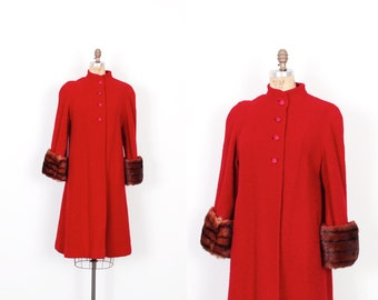 Vintage 1940 Coat / 40s Wool Boucle Swing Coat with Fur Cuffs / Red ( medium M )