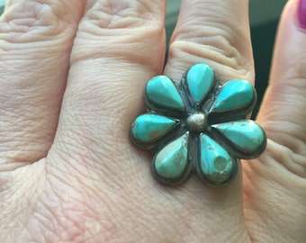 Turquoise Ring - Sterling Silver - Native American - Vintage