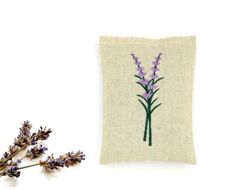 Lavender sachet, embroidered sachet, lavender buds, scented sachet, drawer freshener, sachet gift, linen sachet, aromatherapy