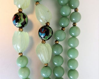 Beautiful Vintage Carved Jade & Cloisonne Beaded Necklace