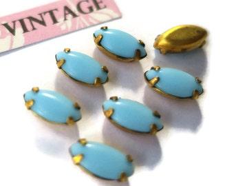 Vintage Glass Rhinestones Turquoise Prong Pronged Set 10x5mm Navettes NOS (978B )