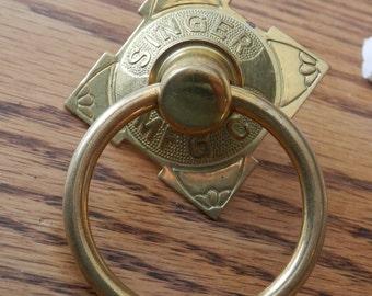 solid brass vintage singer manf co ring pulls