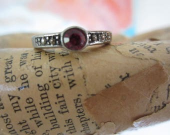 Vintage Silver Tone Stacking Ring with Red Stone Size 6.5