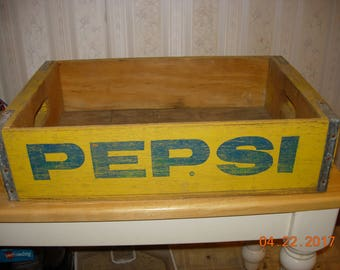 Vintage Pepsi Crate - Home decor - Advertising