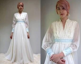 Beaded Lace Wedding Dress  //  70s Wedding Dress  //  LA BOHEME