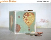 ON SALE Bank, Hot Air Balloon Wood Piggy Bank  Money bank, Coin Bank Vintage Hot Air Balloon, Baby nursery room decor