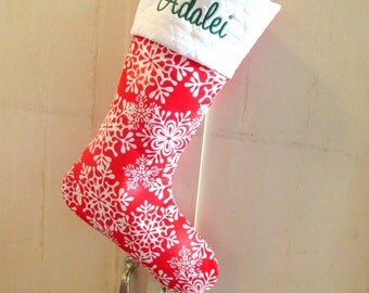 Stocking with name embroidered - Red and white - Snowflakes - Personalized stocking - Gifts for kids - Christmas stocking - gift ideas
