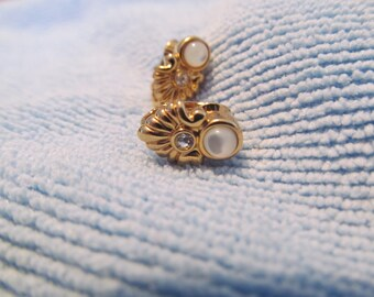Vintage Avon Moonstone clip on earrings