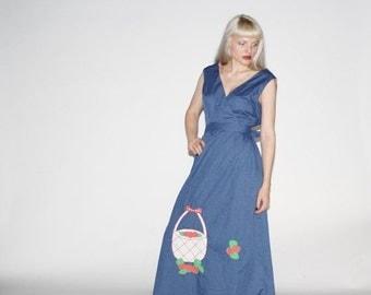 Final SALE 55% Off - Vintage 1960s Maxi Dress - 60s Novelty Apple  Maxi Dress - Wd0267