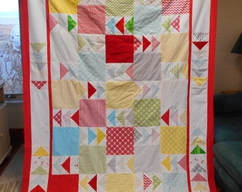 """SummertimeToo - Unfinished TWIN Sized Quilt Top using Waverly Fabric - 9"""" Squares, Flying Geese"""