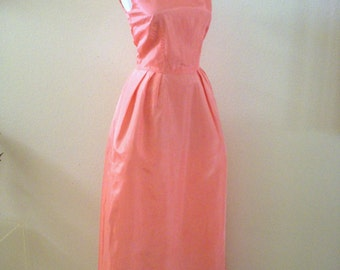 Vintage 60s Pink Taffeta Evening Dress - 1960s Pink Prom Dress - Pink Maxi Party Dress - Sleeveless Pink Dress - Size Medium estimated