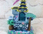 1998 Trendmasters Star Castle Tropical Toy Dollhouse Blue Kids Toy