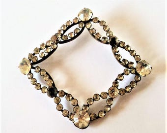 Antique Clear Paste Buckle... Shaped Sew-On Decoration