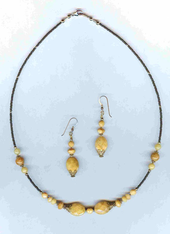 Faceted Gemstone Aragonite & Banana Calcite Beaded Necklace and Earrings SET!