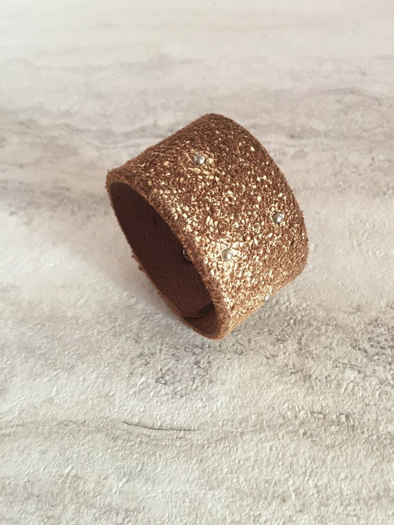 Women's Tan Distressed Leather Cuff Small Silver Studs (Size 6.75 inches)